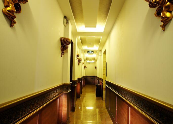 A&EM Ly Tu Trong Hotel