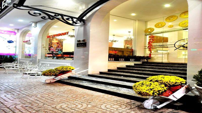 A & EM THU KHOA HUAN HOTEL