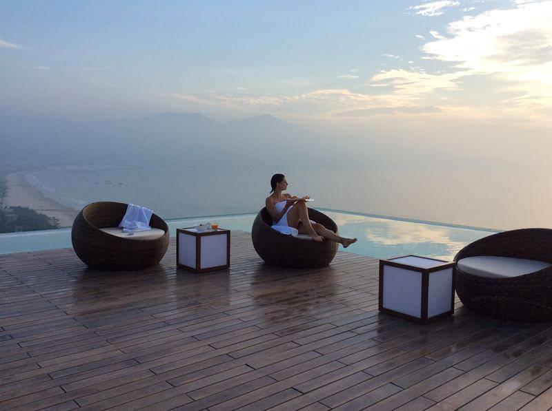 A La Carte Da Nang Beach Hotel