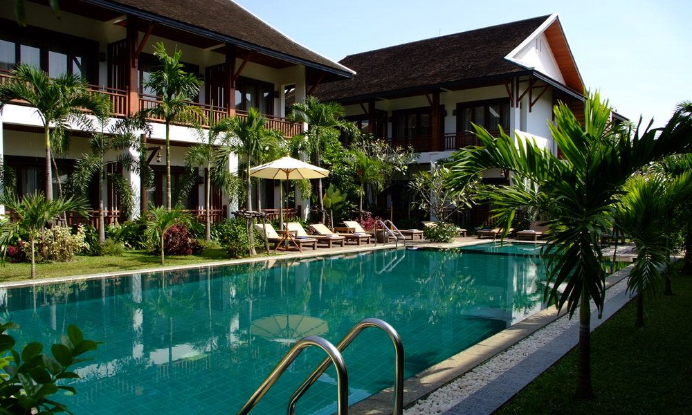 Wellness tour green park boutique hotel vientiane laos for Luxury hotels in laos