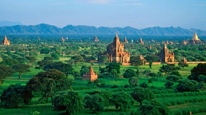 Ultimate Luxuries of Myanmar Tour